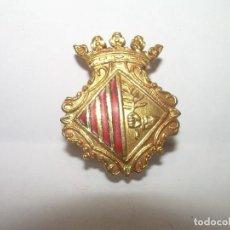 Pins de colección: ANTIGUA INSIGNIA.....AYUNTAMIENTO DE MATARÓ.. Lote 95823823