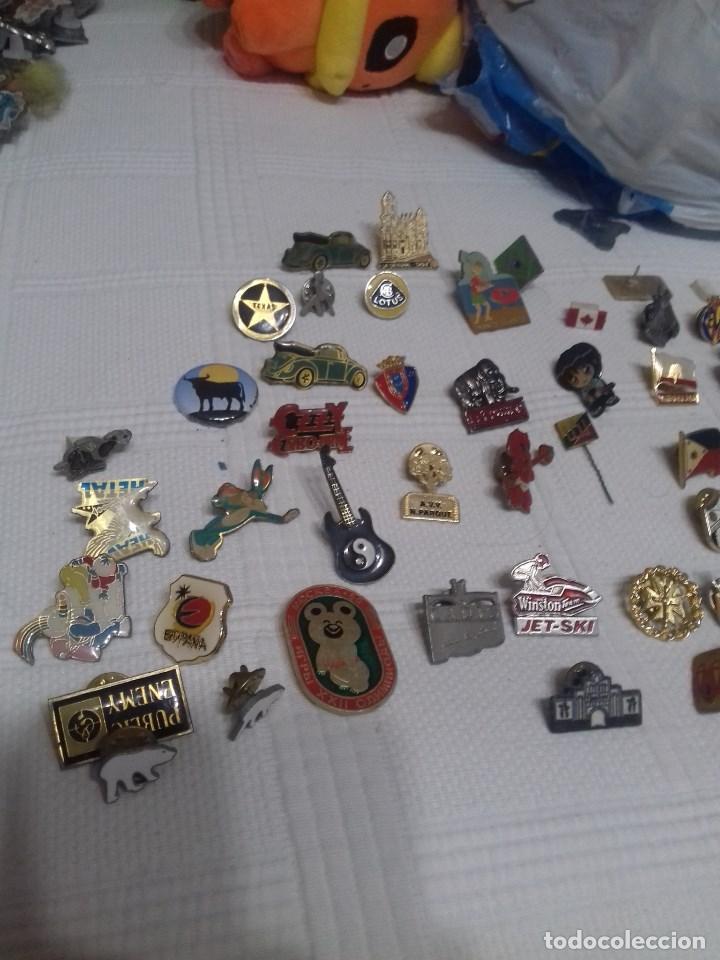 LOTE PINS ANTIGUOS (Coleccionismo - Pins)