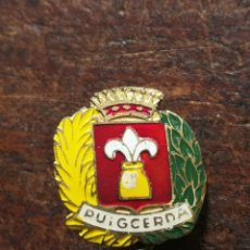 Pins de colección: ANTIGUO PIN INSIGNIA DE AGUJA ESCUDO HERALDICO PUIGCERDA. . Lote 97714099