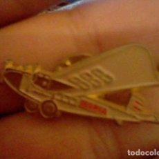 Pins de colección: PIN AVIONETA IBERIA. Lote 98810155