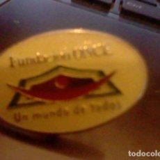 Pins de colección: PIN PINCHO FUNDACION ONCE UN MUNDO DE TODOS . Lote 98810551