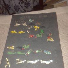 Pins de colección: CARTON CON 27 PINS ANTIGUOS. Lote 100462328