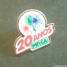 Pins de colección: PIN 20 AÑOS PRYCA. Lote 101728166