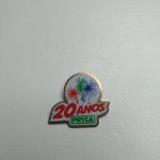 Pins de colección: PIN 20 AÑOS PRYCA. Lote 101943984