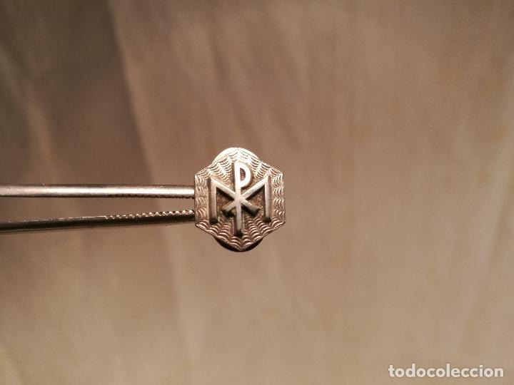 Pins de colección: INSIGNIA PIN DE SOLAPA AÑOS 50-. --- MP PAPAL --PAPA -RELIGIOSO - Foto 4 - 102459931