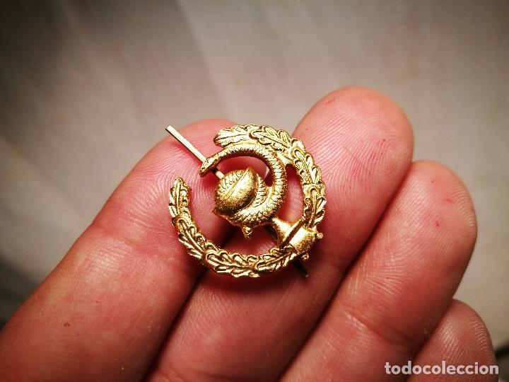 Pins de colección: pin insignia DE SOLAPA -FARMACIA---ALUMINIO AÑOS 70 - Foto 4 - 102468659