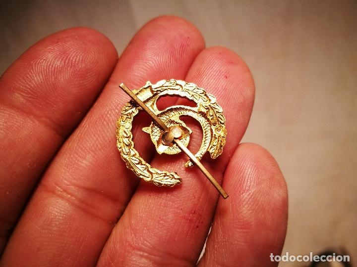 Pins de colección: pin insignia DE SOLAPA -FARMACIA---ALUMINIO AÑOS 70 - Foto 5 - 102468659