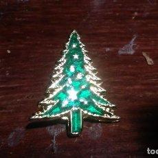 Pins de colección: PIN DE PRECIOSO ARBOL DE NAVIDAD. Lote 104285151