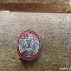 Pins de colección: ANTIGUO PIN PINS DE ALFILER DE PUBLICIDAD CERVEZAS EL AGUILA. Lote 107144863