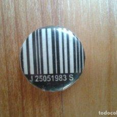 Pins de colección: CHAPITA CHAPA IMPERDIBLE -- CÓDIGO DE BARRAS. Lote 110477639