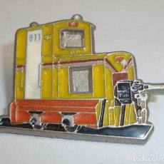 Pins de colección: (TC-105) PIN TEMA FERROCARRILES TRENES TREN AMPLIA TU COLECCION. Lote 110923163