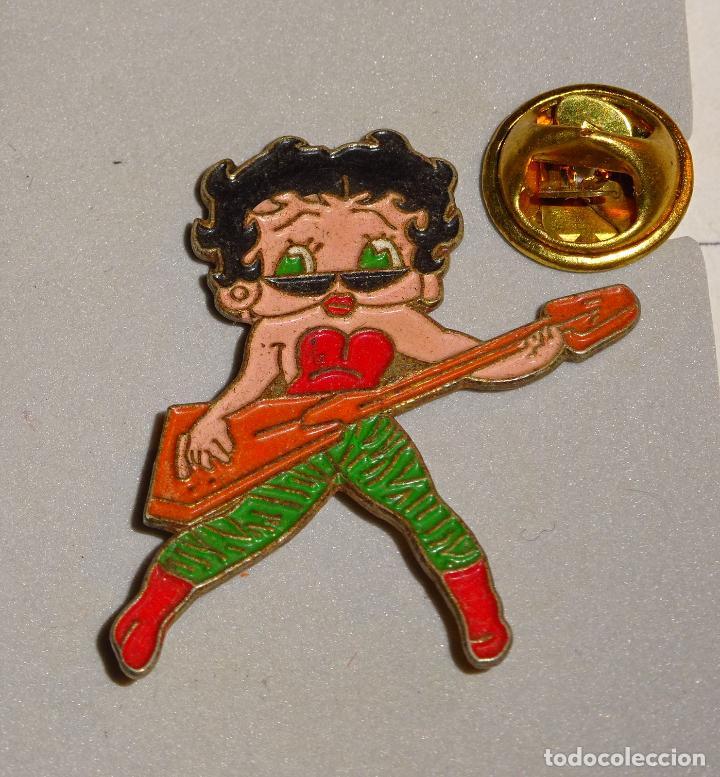 Pin De Dibujos Animados Betty Boop Rockera Rock And Roll
