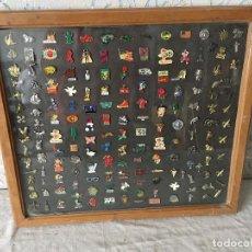 Pins de colección: COLECCIÓN 156 PINS. AÑOS 80-90. MARCAS MÍTICAS Y VARIOS. COCA COLA, WINSTON, CONVERSE.... Lote 111401563