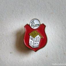 Pins de colección: INSIGNIA OJAL LA CASERA. AÑOS 60. Lote 112648827