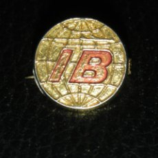 Pins de colección: IBERIA ANTIGUO PIN IB INSIGNIA IMPERDIBLE OJAL SOLAPA AGUJA AEROLINEAS AVION BROCHE MADE IN SPAIN. Lote 112813223