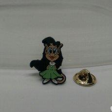 Pins de colección: PIN DIBUJOS ANIMADOS NOVIA HUGO MASCOTA TELECUPON AÑOS 90. Lote 127945544