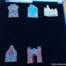 Pins de colección: CONJUNTO DE PINES DE MONUMENTOS DE BARCELONA, PATROCINADOS POR LA CAIXA. . Lote 113038219