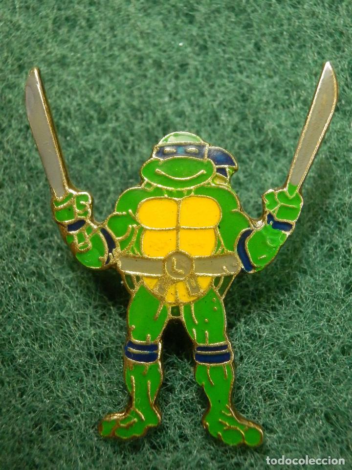 Pin Personaje Dibujos Animados Tortugas Ninja Donatello Lazo Azul