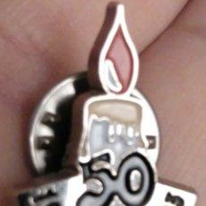 Pins de colección: PIN 50 ANIVERSARIO ASOCIACION DONANTES SANGRE DE ALAVA. Lote 115735326