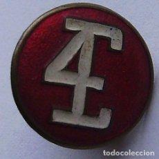 Pins de colección: ANTIGUO PIN INSIGNIA EBRO DIESEL 4 CILINDROS TRACTORES CAMIONES MOTORES - SOLAPA RECONVERTIDA A PIN. Lote 116385303