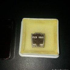 Pins de colección: PIN/INSIGNIA DE SOLAPA (OJAL). FICA FERIA DE MUESTRAS MURCIA 1965. Lote 116732811