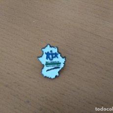 Pins de colección: PIN EXTREMADURA - DEPORTE DESDE LA BASE. Lote 116756975
