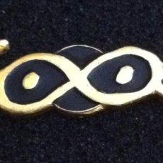 Pins de colección: ANTIGUO PIN DISCOTECA MOTBONGO (LA PINEDA-SALOU). Lote 116762335