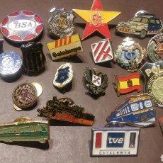 Pins de colección: LOTE DE 26 PINS/IMPERDIBLES ANTIGUOS. Lote 116796102