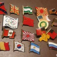 Pins de colección: LOTE DE 24 PINS E IMPERDIBLES BANDERAS. Lote 116796914
