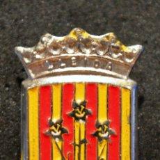 Pins de colección: PIN DE AGUJA LERIDA CATALUÑA ESCUDO LLEIDA. Lote 76138199
