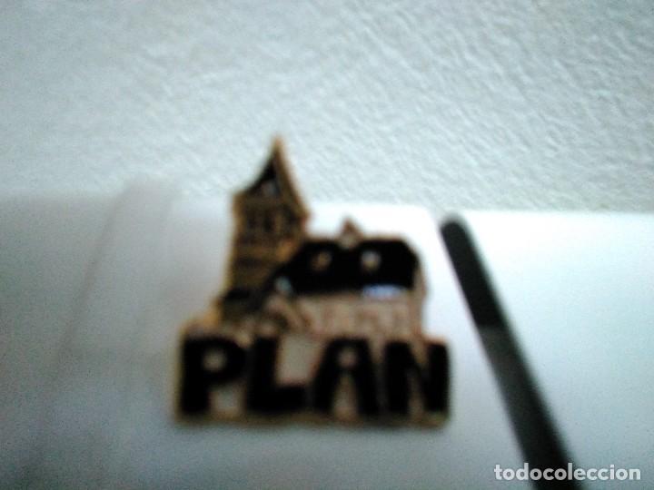 PIN DE LA LOCALIDADDE PLAN (HUESCA) (Coleccionismo - Pins)