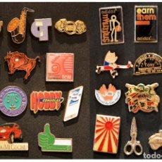 Pins de colección: GRAN LOTE 50 PIN PUBLICIDAD TODOS DISTINTOS VER EN FOTOGRAFIAS. Lote 119509767