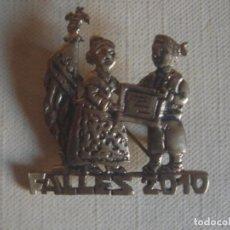 Pins de colección: PIN / BROCHE DE LATÓN DE LAS FALLAS DE VALENCIA 2010. Lote 119537623
