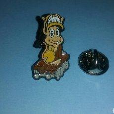 Pins de colección: PIN HUGO MASCOTA TELECUPON. Lote 121919276