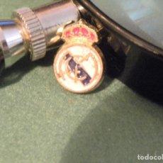 Pins de colección: PIN DEPORTIVO REAL MADRID FUTBOL. Lote 122188827