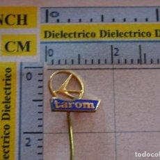 Pins de colección: ANTIGUA INSIGNIA ALFILER DE AVIONES AEROLÍNEAS TAROM DE RUMANÍA. NO PIN. Lote 127593907