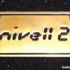 Pins de colección: PIN ANTIGUA DISCOTECA NIVELL 2 (MATARÓ). Lote 129487319