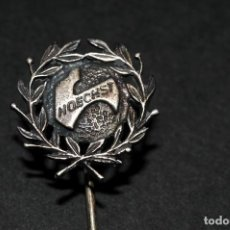 Pins de colección: ANTIGUA INSIGNIA DE AGUJA PLATA HOECHST. Lote 129617547