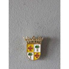 Pins de colección: PIN ESCUDO TERESA (CASTELLÓN) . Lote 131066360