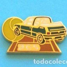 Pins de colección: PIN PEUGEOT 205. Lote 131076780