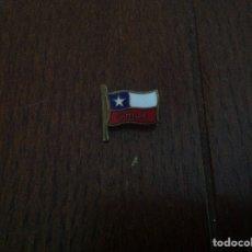 Pins de colección: PIN INSIGNIA BANDERA CHILE. Lote 131647025