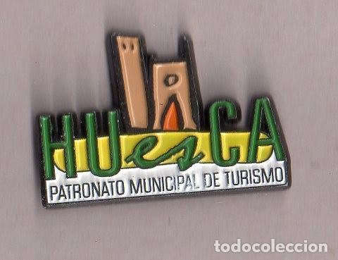 BONITO PINS DE PUBLICIDAD DE HUESCA VER FOTO ADICIONAL (Coleccionismo - Pins)