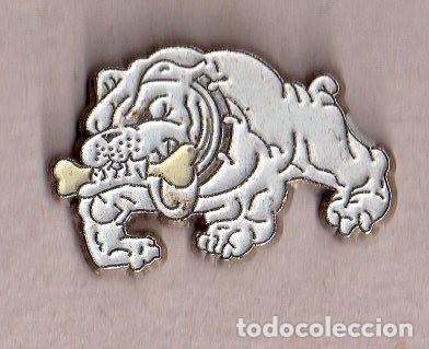BONITO PINS DE PUBLICIDAD DE PERRO VER FOTO ADICIONAL (Coleccionismo - Pins)