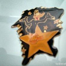 Pins de colección: PIN PATO LUCAS. Lote 133465854