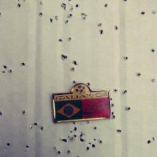 Pins de colección: PIN ITALIA 90 - BANDERA BRASIL - COCA COLA (D). Lote 133717538