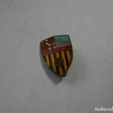 Pins de colección: MAGNIFICO ANTIGUO PIN ESMALTADO DE AGUJA DE FOTBOL U.D.A.M.. Lote 135497198