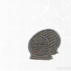 Pins de colección: PINS: PRIORAT - COMARCAS DE CATALUÑA, COLECCIONABLE CATALUÑA MODERNA - EL PAIS. Lote 136669762