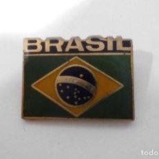 Pins de colección: PIN AGUJA INSIGNIA BANDERA BRASIL. Lote 137893086