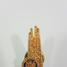Pins de colección: PIN ROTARY INTERNACIONAL BARCELONA 95. Lote 137946836