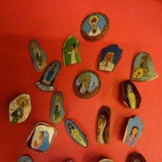 Pins de colección: LOTE DE INSIGNIAS DE AGUJA DE TEMÁTICA RELIGIOSA. ORIGINALES AÑOS 1960S. Lote 139601302
